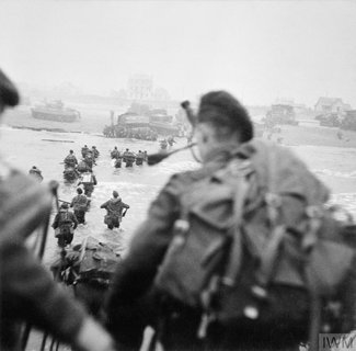 PICTURE: Bill Millin seen here with his pipes right before hitting Sword Beach