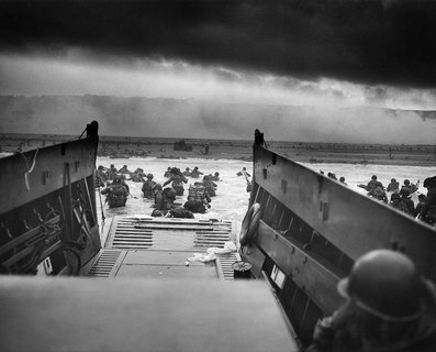 One of Robert Capa's Omaha Beach pictures (image: National Archives and Records Administration)